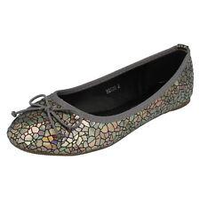 Girls Spot On 'Flat Shoes'