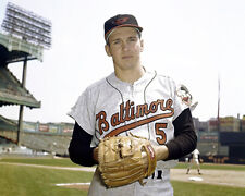 BROOKS ROBINSON 1961 BALTIMORE ORIOLES 8X10 PHOTO PICTURE