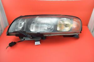 A#4 01-04 Volvo OEM Left Drivers Headlight Assembly 89006826 S60
