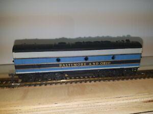 TYCO HO SCALE Baltimore & Ohio F9 Diesel Dummy Locomotive.