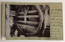 CPA. GRUSS aus HEIDELBERG. Allemagne 1901. Fond Vert. Tonneau.Vin. Photographie.