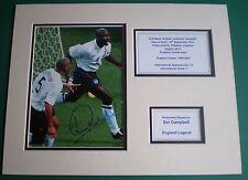 Genuine SOL Campbell Firmato a Mano Autografo foto montati Inghilterra legenda AFTAL