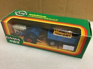 1/43 scale Gama Ford 3000 tractor tracteur traktor with trailer 9301