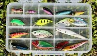 Set of 16 New Freshwater Bass Trout Walleye Pike Crankbait Minnow Lures