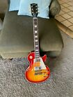 Gibson Les Paul Traditional 2013 electric guitar. Made in USA. Cherry Burst