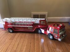 """NYLINT FIRE TRUCK Vintage METAL AERIAL HOOK AND LADDER 2 PIECE 32"""" LONG"""