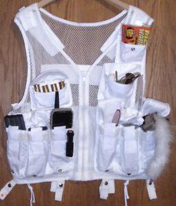 Snow white hunting vest SIZE S 40+ call pockets PREDATOR coyote