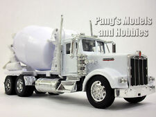 Kenworth W900 Cement Truck 1/32 Scale Diecast Metal and Plasti Model - WHITE