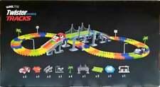 Kuultoy Autorennbahn Leuchtend für Kinder, Kreativset Autoset Twister Tracks