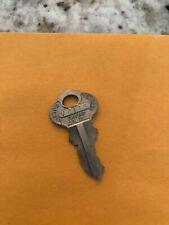 Victor VC115 Vending Machine Key for Peanut Gumball machine Oak Northwestern