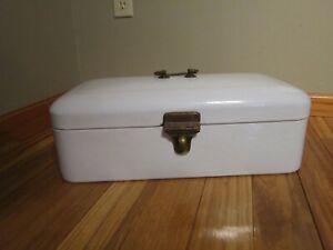 Vintage White Enamelware Bread Box Hinged Lid Handle Latch Enamel Ware GERMANY