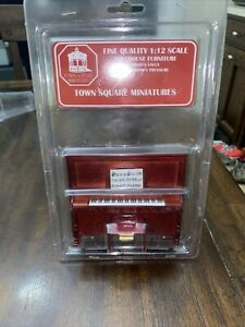 Fine Quality 1:12 Scale Dollhouse Furniture Town Square Miniatures Upright Piano
