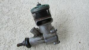 Vintage K&B TORPEDO 35 GAS MODEL AIRPLANE ENGINE PARTS/PIECES  turns sold as is