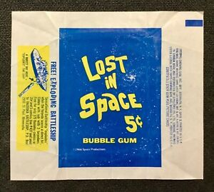 LOST IN SPACE ORIGINAL 1966 TOPPS GUM WRAPPER IN GOOD CONDITION.