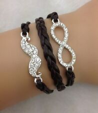 Bracelet strass avec moustache et lien infini en strass. top tendance