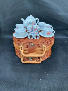 Lovely Bamboo Suitcase Style Basket With Ceramic Toy Tea Set Vintage Dispay