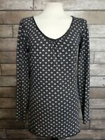 Converse Size XL(See Measurements) Ladies T-shirt Long Sleeves Heart Print Black