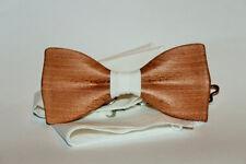Cravate à main en bois, coquille en bois, cravate en bois à la main, bowtie...