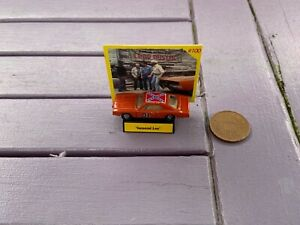 THE DUKES OF HAZZARD RACING CHAMPIONS 1/144 scale GENERAL LEE WITH STAND & CARD