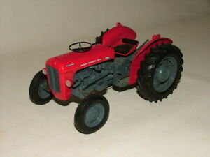 UNIVERSAL HOBBIES 1:16 UH2692 MASSEY FERGUSON MF35X FARM TRACTOR