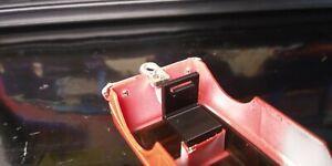 1 LONG Rear Body Clip for Schaper Stomper 4x4 NOMAD EAGLE Trucks (3D Print)