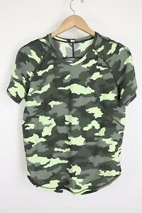 Lululemon Size 8 UVP Run SS Camo Green HCCG Short Sleeve Running Shirt Yoga