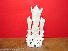 Joli ancien triple vase en porcelaine, Louis Philippe
