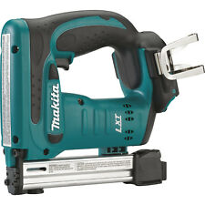 Makita XTS01Z 18-Volt LXT Lithium-Ion Cordless 3/8-inch Crown Stapler, Bare Tool