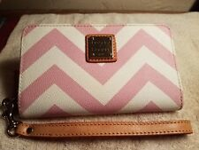 DOONEY AND BOURKE PINK CHEVRON WALLET