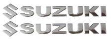Coppia Adesivi Stickers Decalcomanie Suzuki in rilievo 3D Cromate Silver