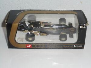 CORGI TOYS  ancien ref 154 JPS LOTUS  E FITTIPALDI  f1 Racing car + boîte