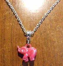 collier chaine argenté 47 cm avec pendentif éléphant rose 18x20 mm