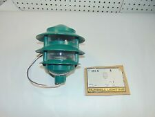 New Old Stock 2-Tier Green Outdoor Landscape Path Light Hubbell Lighting 587-G