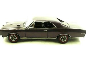 Danbury Mint 1967 Pontiac GTO Hardtop Plum Mist 1:24 Die Cast Papers