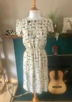80s Women's Vintage dress size small geometric print puff sleeve anthro