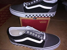 NEW $60 Mens Vans Ward Checker Tape Shoes, size 11.5
