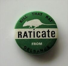 KILL THAT RAT - RATICATE FROM DELSANEX - VINTAGE METAL PIN BADGE 1960's PUNK