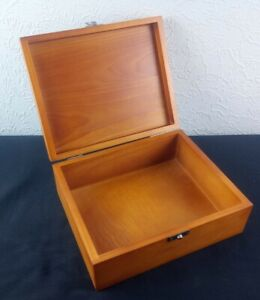 Vintage Wooden Storage Keepsake Box with Metal Hinge And Clasp Trinkets Storage