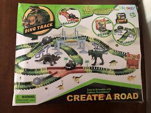 KKONES Dinosaur Toys-273pcs Create A Dinosaur World Road Race-Flexible Track