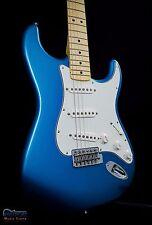 Fender Standard Stratocaster Lake Placid Blue Maple Neck