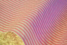 ROSA e Bianco Candy Stripe Print Poly Cotone tessuto Per FQ