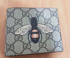 Gucci Men's Beige GG Supreme Bee Bifold Wallet - Card Wallet