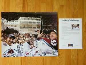 HOFers RAY BOURQUE & PATRICK ROY signed 16x20 Photo 2001 STANLEY CUP PSA AF45156