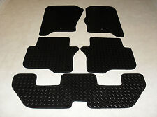 Land Rover Discovery 4 2010-on Fully Tailored RUBBER Car Mats in Black 7 Seater