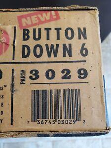 Yakima Button Down 6 Ski /Snowboard Rack Part# 3029. *NEW IN BOX*