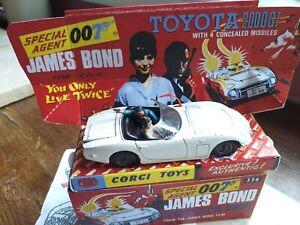 Corgi 336 James Bond Toyota 2000GT with both figures, missiles+reproduction box