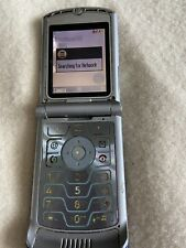 Retro ORIGINAL Motorola V3 Razr BlueSilver AT&T Cellular Phone 2G Razor W/Charge