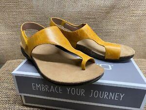NIB Dansko 6024-465300 Women's Reece Waxy Burnished Mango Casual Sandal