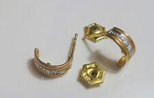 Diamante Brillante Pendientes de botón brillantes en 333 8KT WG /GG oro