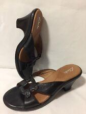 EUC CLARKS Womens 8.5 Black Leather Heels Slides Slip On Open Toe Sandals Shoes